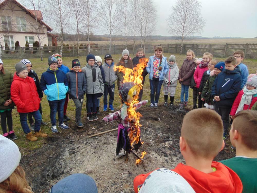 Pierwszy Dzień Wiosny Szkoła Podstawowa W Kozłowie